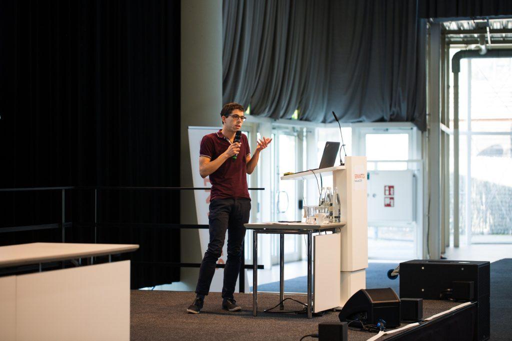 Simon Gottschalk at SEMANTiCS 2019